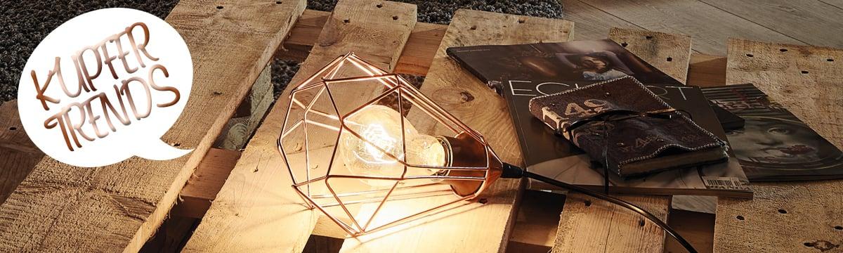 Auf Möbeln Werden Kupferfarbene Leuchten Platziert. Überall Sieht Man  Dekoelemente In Der Farbe Kupfer. Bei Uns Finden Trendsetter Eine Große  Auswahl ...