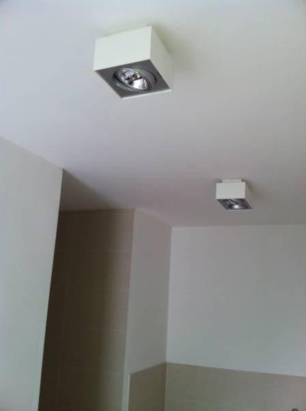 geradliniger lirio spot bloq in wei lirio 5700031li click. Black Bedroom Furniture Sets. Home Design Ideas