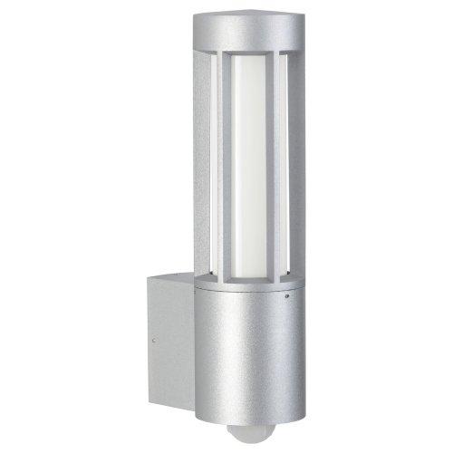 Albert Wandleuchte Aluminiumguss silber mit BWM Artikeldaten: Material: Aluminiumguss Farbe: silber Leistung: ESL/ LED-Retrofit max. 20 Watt Spannung: 230V Fassung: E27 Schutzart: IP44 mit Montageplatte Opalglas mit Bewegungsmelder Technische Daten Bewegungsmelder: max. Schaltleistung: 1000W Eigenverbrauch: ca. 1,5W Erfassungsbereich: 120° (Der Erfassungsbereich kann um 330° gedreht werden) Reichweite: ca.4, 8 und 12m, abhängig von Montagehöhe, Annäherugsrichtung und Temperatur Zeiteinstellung: