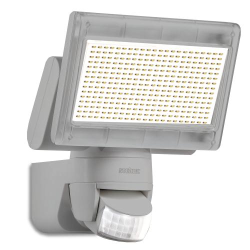 Steinel Innovativer XLED Home 1 Power-LED-Strahler in silber, mit Bewegungsmelder, 4000K, 1020 Lumen und 14,8W