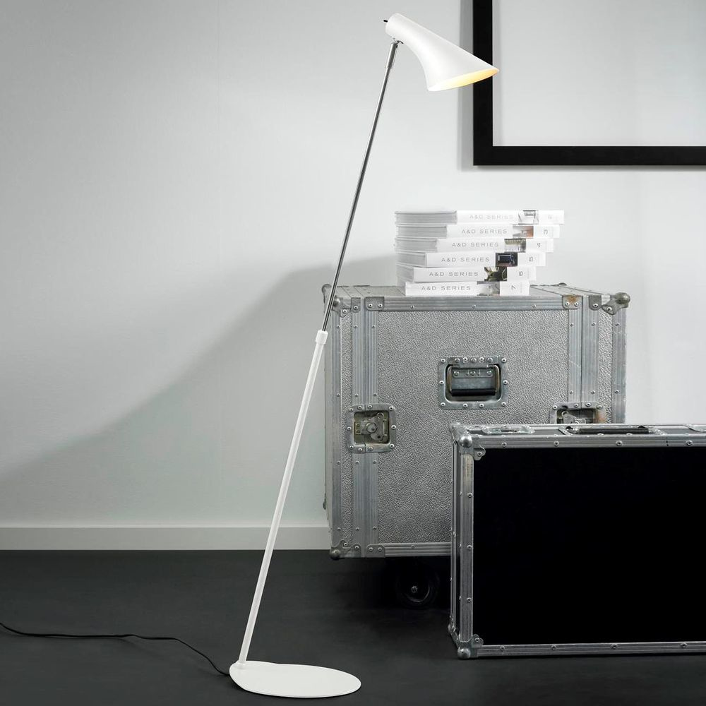moderne vanila stehleuchte weiss nordlux 72704001. Black Bedroom Furniture Sets. Home Design Ideas