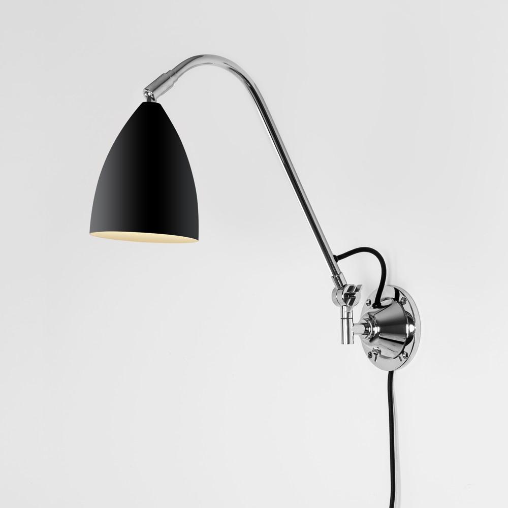 schwenkbare wandleuchte joel grande in schwarz und chrom. Black Bedroom Furniture Sets. Home Design Ideas