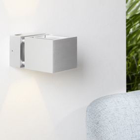 Harmonische mylight Wandleuchte in silber, Up & Down LED
