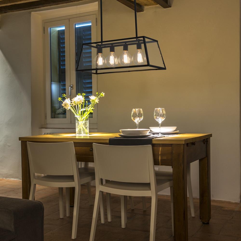 eindrucksvolle pendelleuchte rose aus metall in schwarz und glas und in trans faro 65081. Black Bedroom Furniture Sets. Home Design Ideas