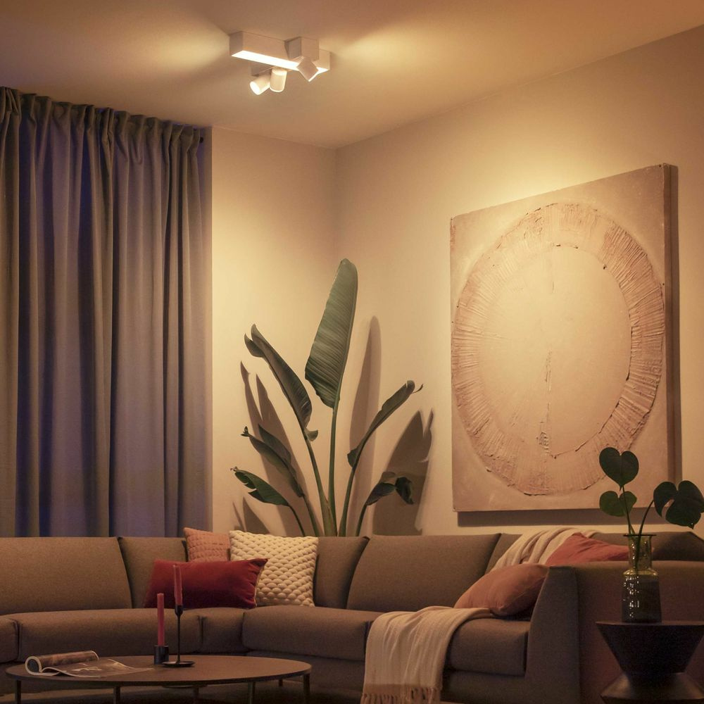Philips Hue Bluetooth White & Color Ambiance Spot Centris Cross 3 flammig in Weiß