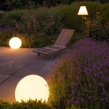 Philips Hue erobert im Sommer auch Garten, Terrasse und Auffahrt